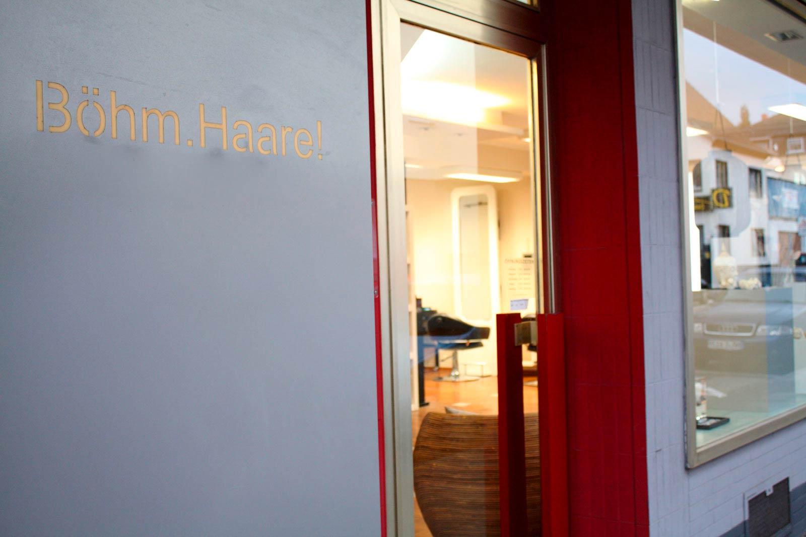 Boehm Haare Premiumcoiffure Friseur Neuwied Eingang 3